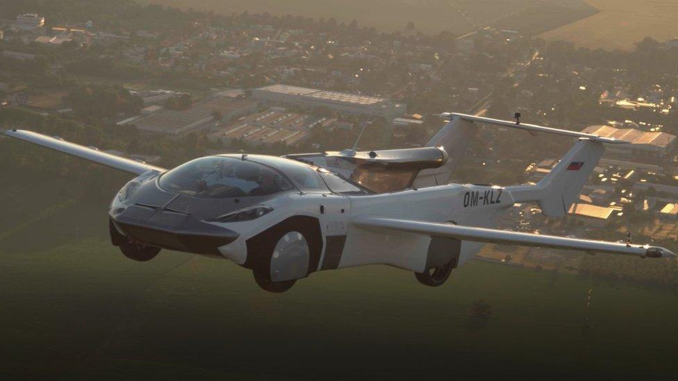 AirCar en el aire