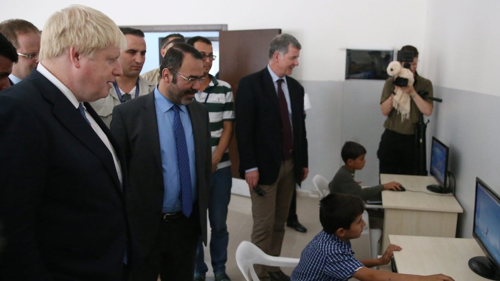 Boris Johnson visits refugees in Turkey