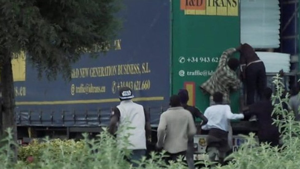 The migrants jumping into UK-bound lorries