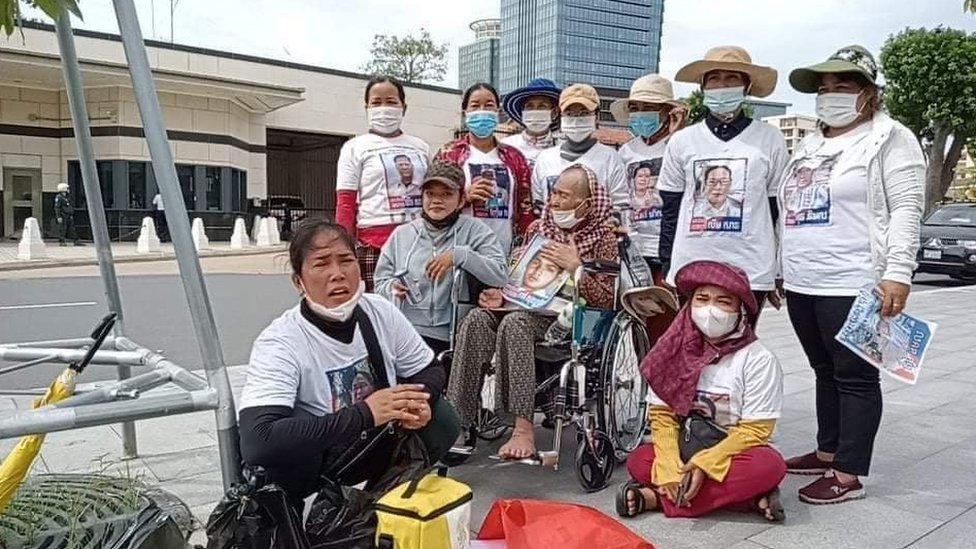Prum Chantha and activists