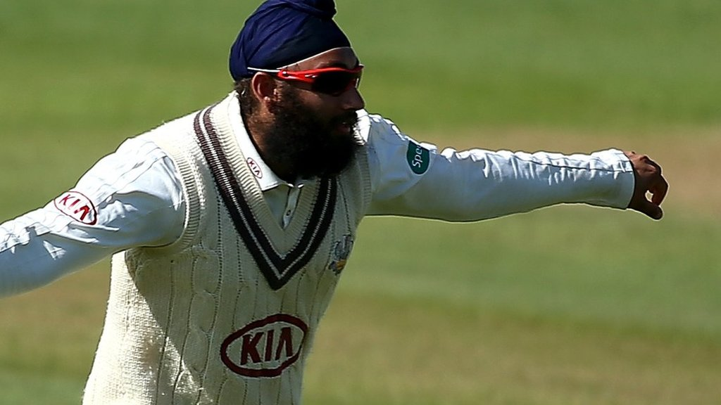 County Championship: Jonny Tattersall and Tim Bresnan lead Yorkshire recovery against Surrey