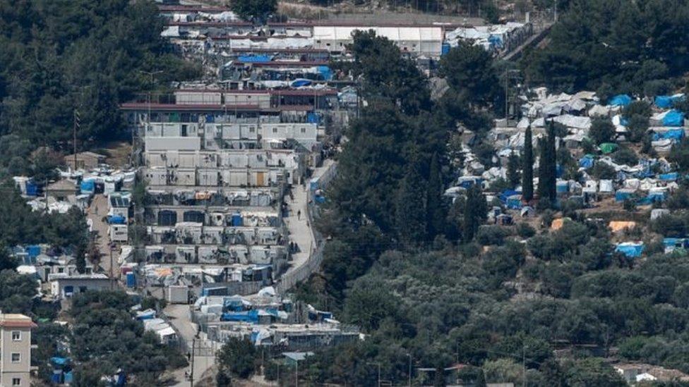 مخيم ساموس للاجئين
