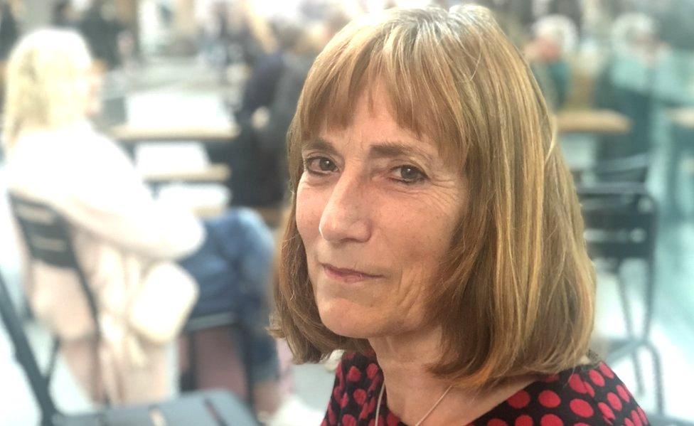 Annette de Groot, professor of linguistics