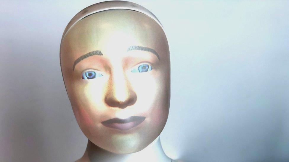Tengai robot close-up