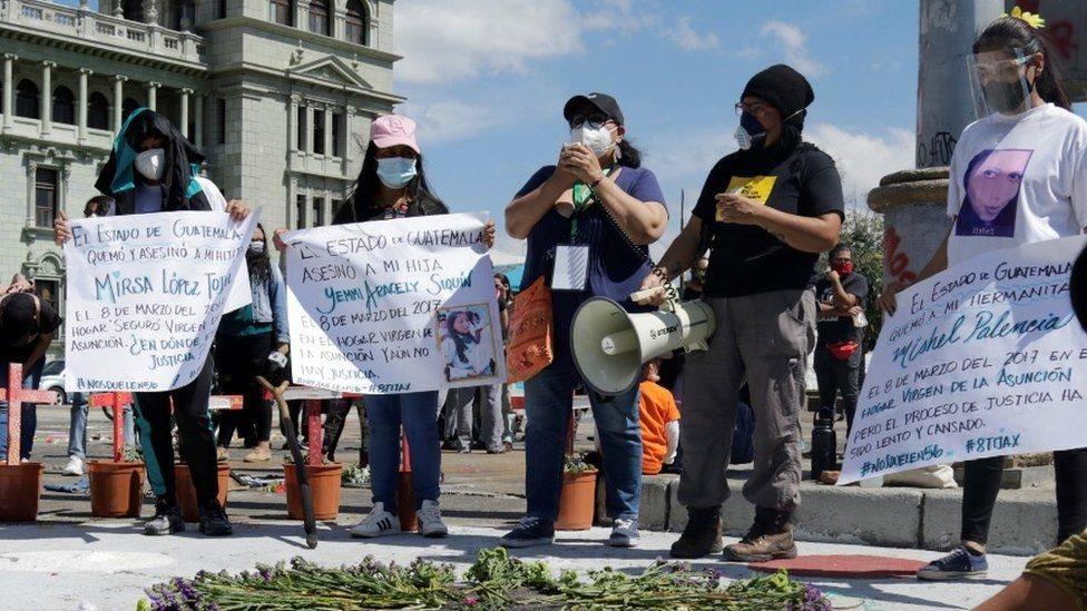 Vigilias por las niñas de Guatemala