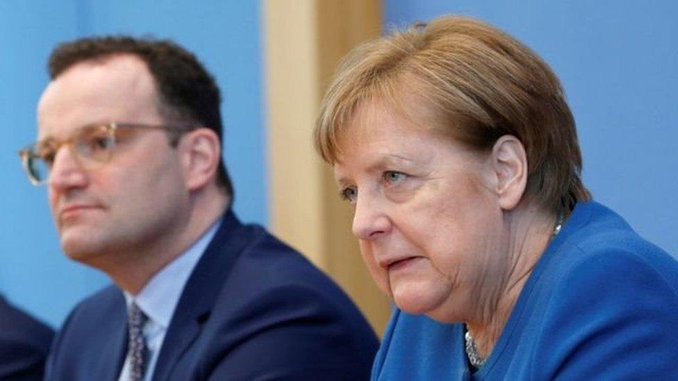 Almanya Sağlık Bakanı Jens Spahn ve Başbakan Angela Merkel