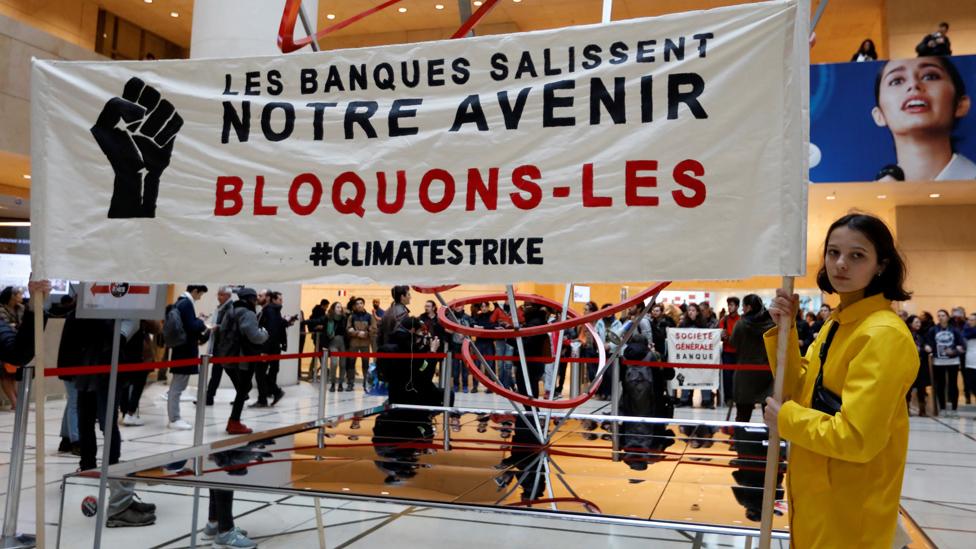 Protesti u Parizu zbog klimatskih promena