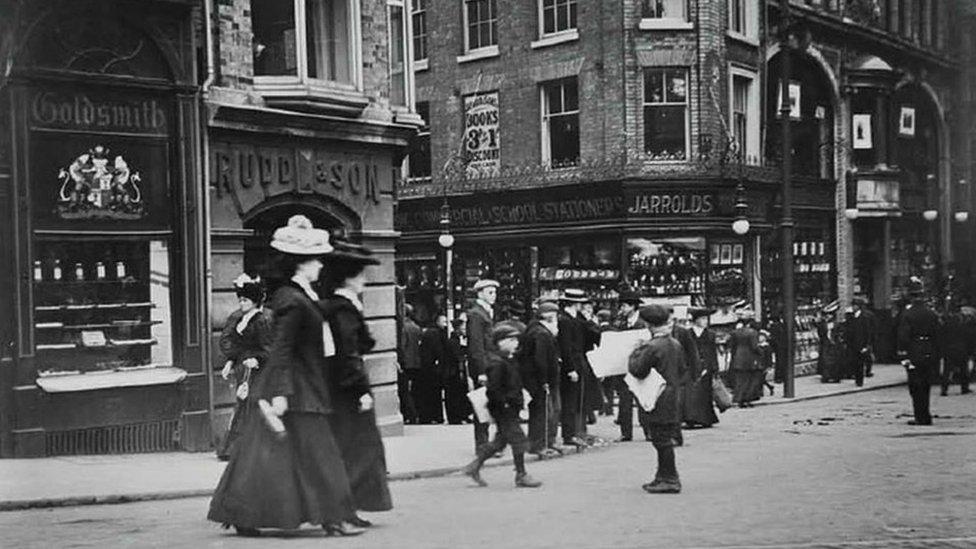Jarrold, 1909