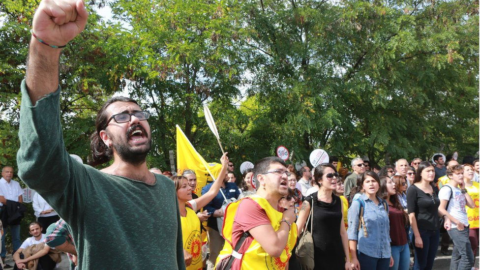 University students and academics protest in Ankara on 22 September 2016