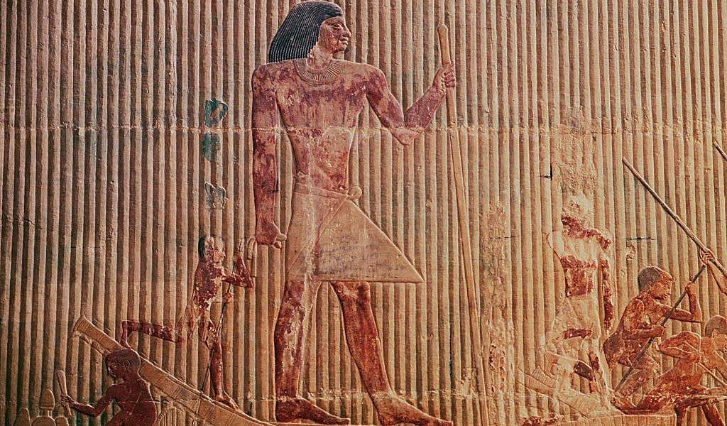 Bajorrelieve con Ti en su barco, Mastaba de Ti, Necrópolis de Saqqara, Egipto.