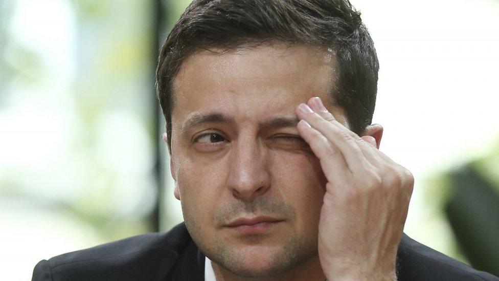 Марафон Зеленського як продовження стадіону: що це було і навіщо?
