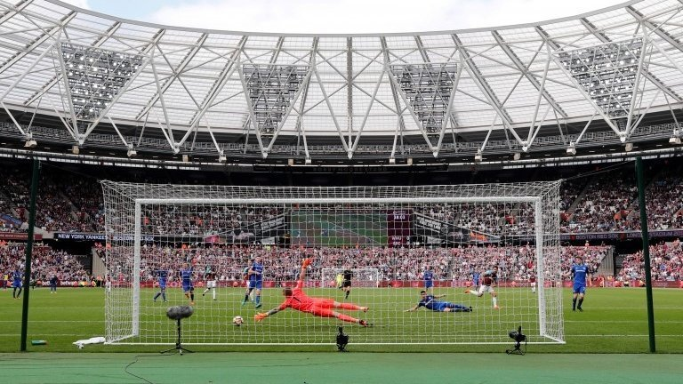 London Stadium: Search for sponsor of West Ham's home costs nearly £450,000