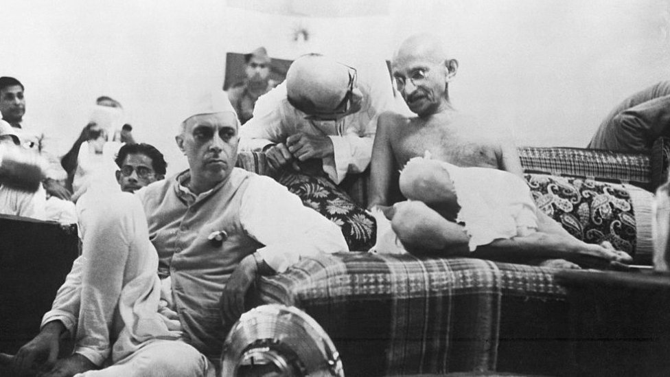 Jawahrlal Nehru and Mahatma Gandhi in 1942