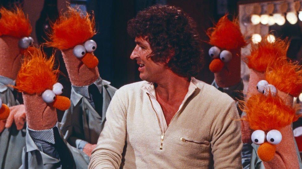 Mac Davis on The Muppet Show