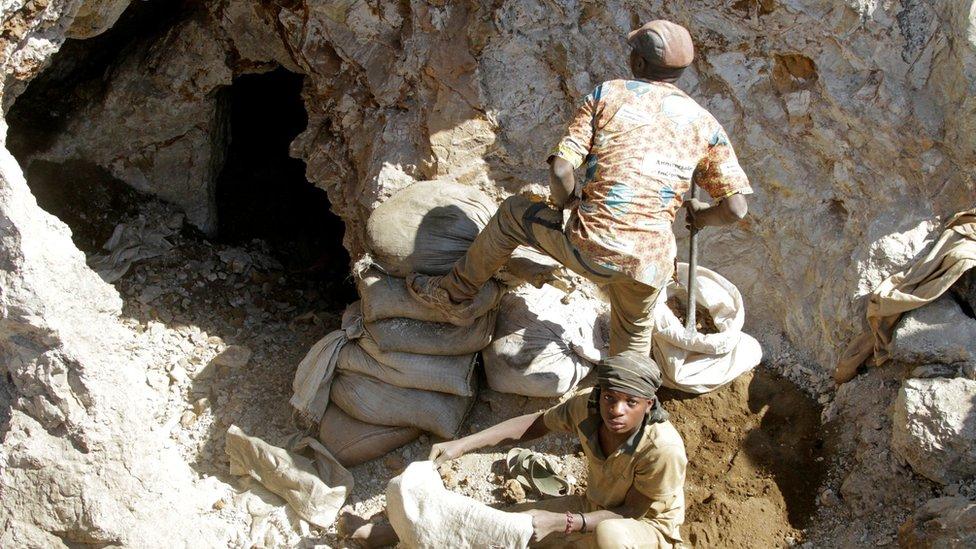 Mineros artesanales del cobalto