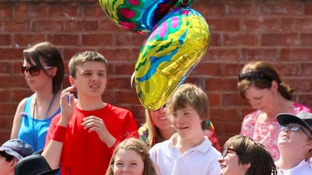 Sycamore class with balloon