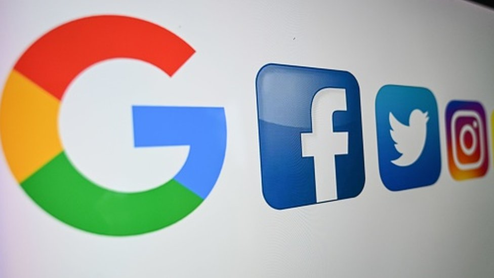 Logos do Google e Facebook