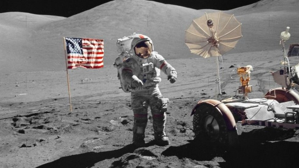 Gene Cernan walks on the Moon. Photo: December 1972