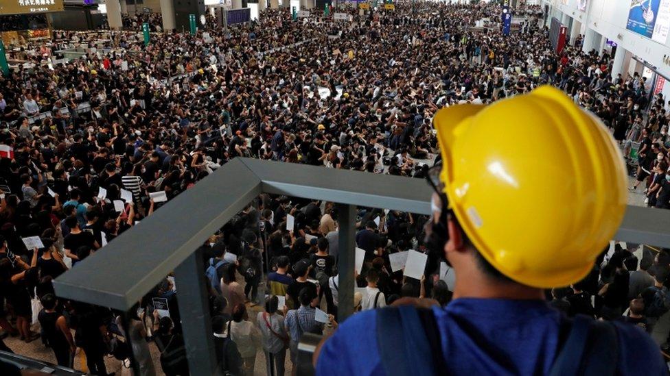 Manifestación en el aeropuerto