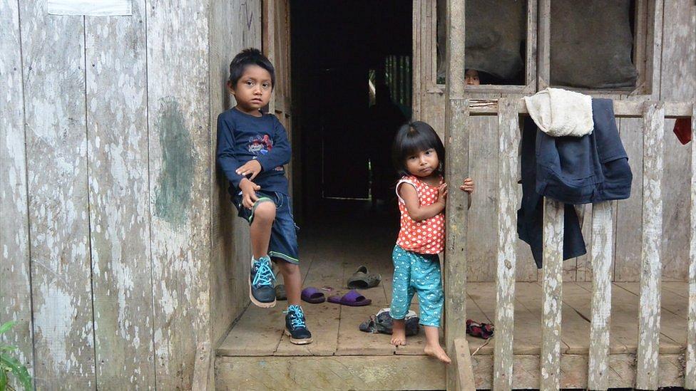 Niños en Kapawi