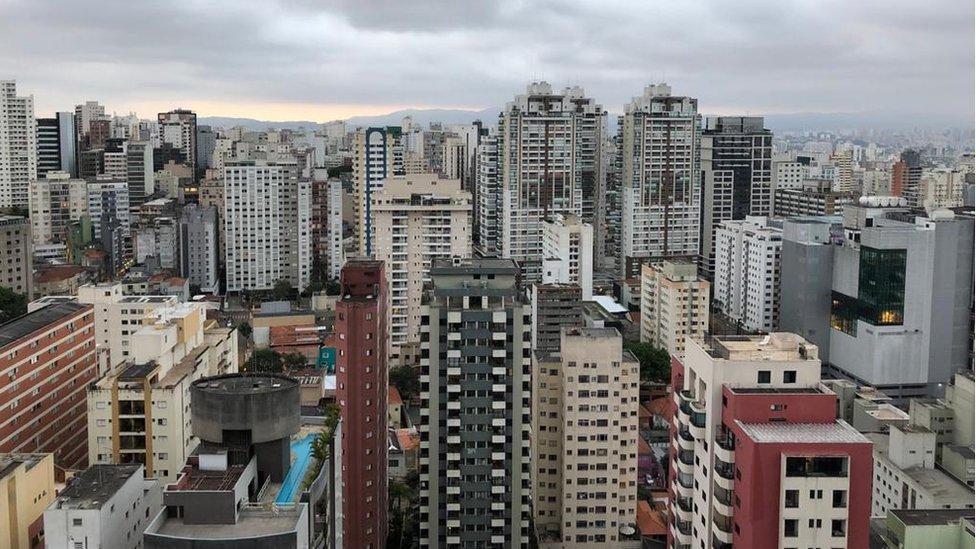 Vista de prédios no centro de São Paulo