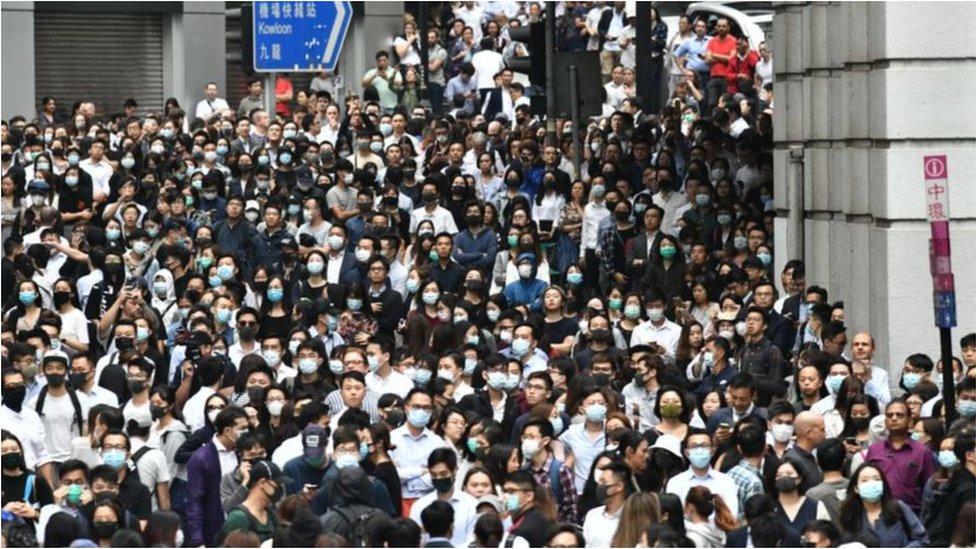 香港《國安法》實施開始影響在香港工作或定居的台灣人,思考是否要離開香港。