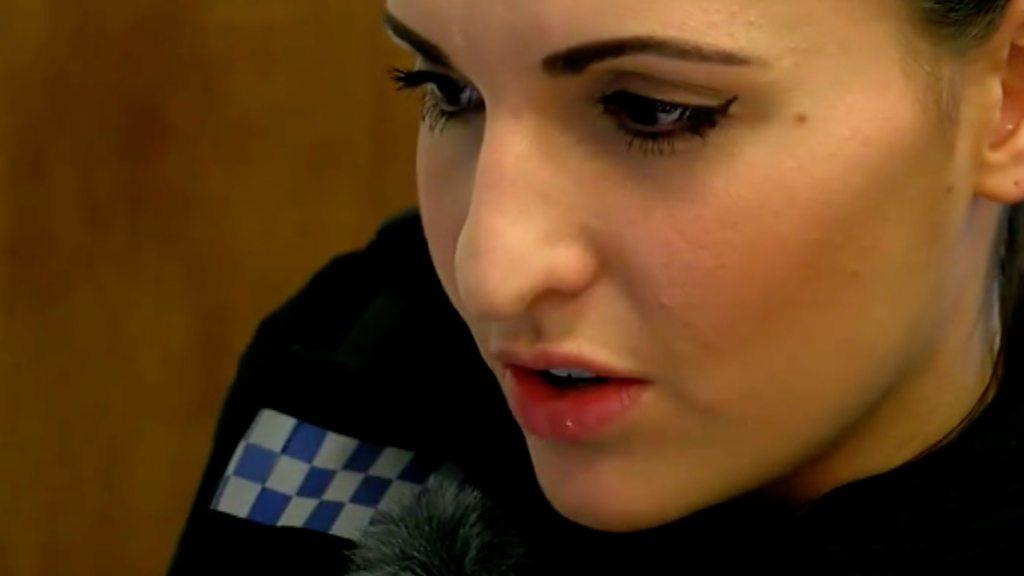 Mental health nurses join police officers on duty