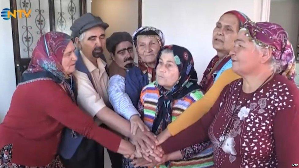 pozorišna proba amaterskog ženskog pozorišta u turskoj