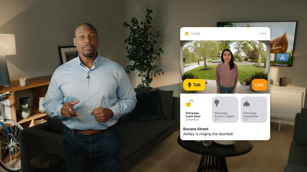 Demostración de reconocimiento facial de las cámaras de seguridad compatibles con Apple.
