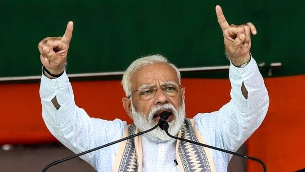 मोदी ने राहुल से कहा आपके पिताजी का जीवनकाल भ्रष्टाचारी के रूप में समाप्त हुआ: आज की पांच ख़बरें