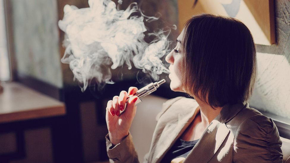 Vaping 'can damage vital immune system cells'