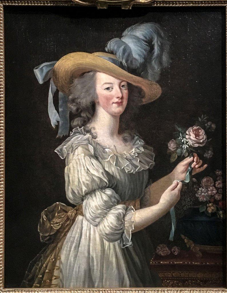 María Antonieta en un vestido de muselina.
