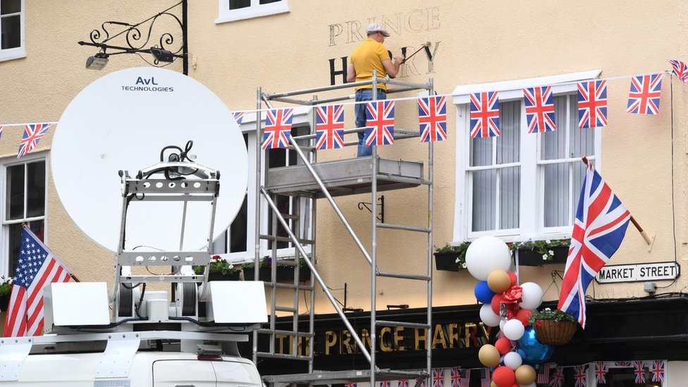 """The Three Tuns pub in Windsor having its temporary name """"The Prince Harry"""" painted on"""