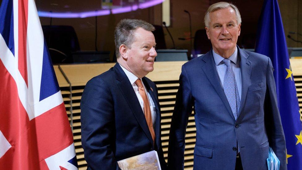 Los negociadores de Reino Unido y la Unión Europea en Bruselas