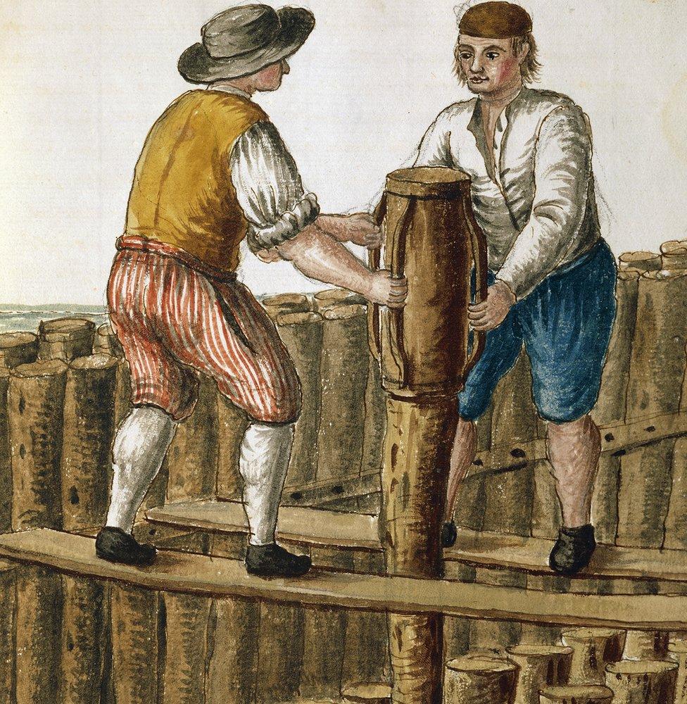 """Colocación de los cimientos en la laguna veneciana, ilustración de Jan van Grevenbroeck (1731-1807) del manuscrito """"Vestido del veneciano"""", Museo Correr (Museo de Arte)."""