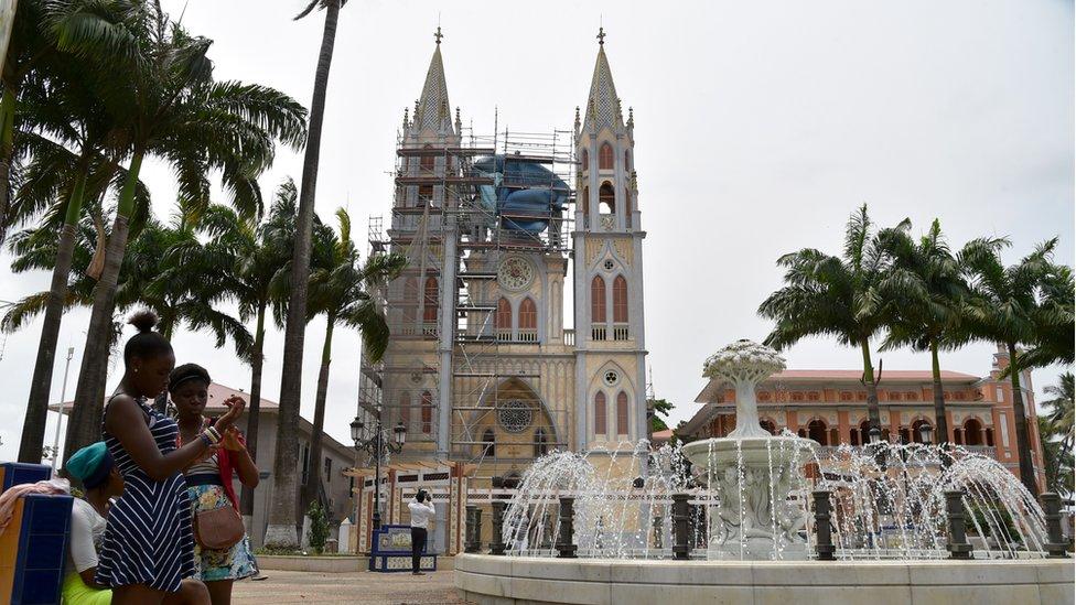Cathedral of Santa Isabel
