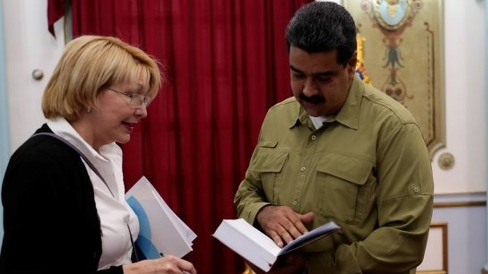 Venezuela's chief prosecutor Luisa Ortega Diaz, Venezuela's President Nicolas Maduro and Jorge Rodriguez, mayor of Caracas, attend a meeting at Miraflores Palace in Caracas, Venezuela April 1, 2017.