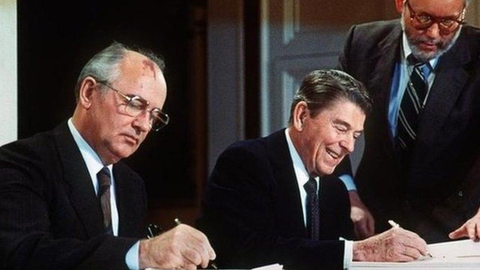 Mihajl Gorbačov i Ronald Regan