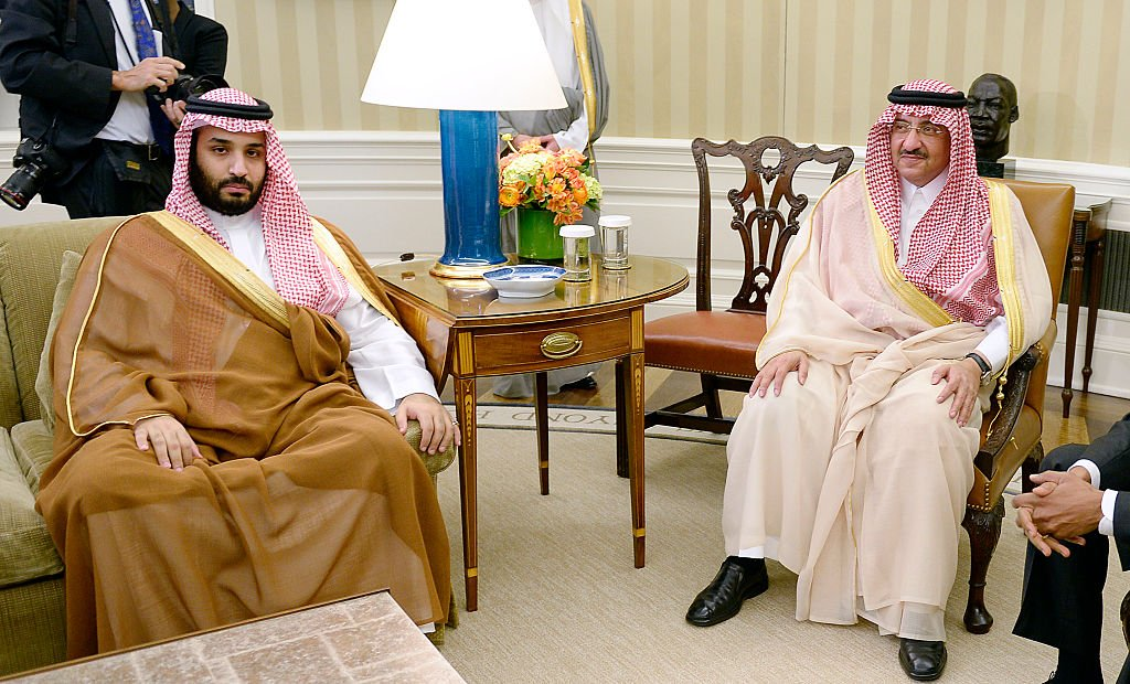 Mohammed bin Nayef (R) and Mohammed bin Salman (L) in 2015