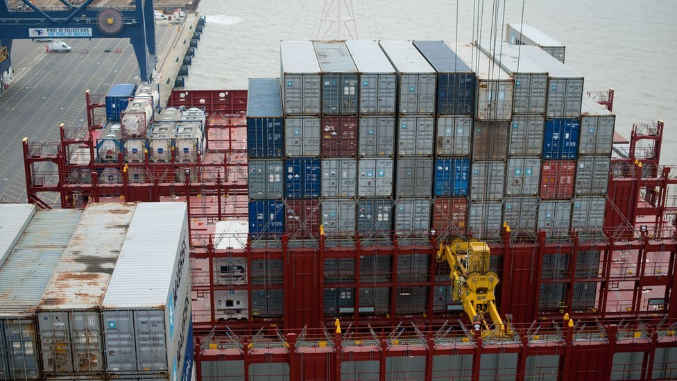 UK trade deficit surges in November