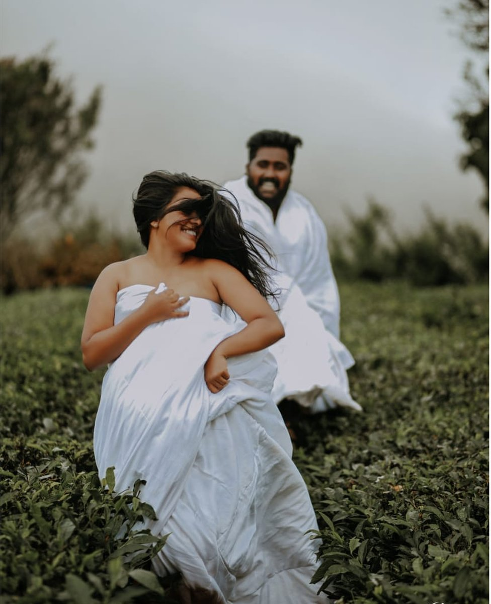 Lekshmi and Hrushi Karthik at their wedding photoshoot