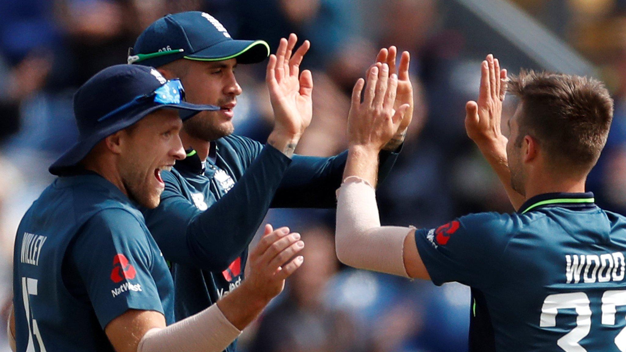 England v Australia: 'Fabulous' Alex Hales catch removes Travis Head