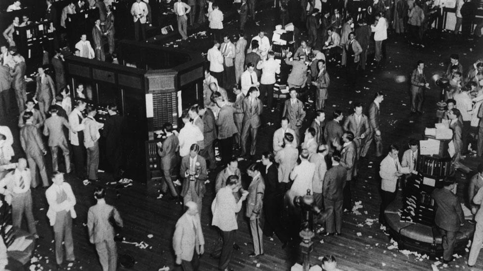 Así operaba la Bolsa de Valores de Nueva York el viernes 25 de octubre de 1929.