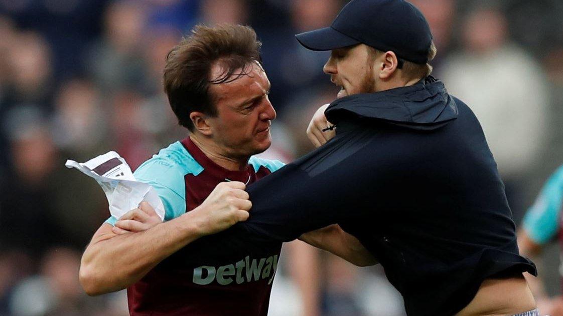 West Ham: FA fines Premier League club £100,000 over pitch invasions