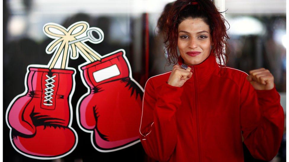 الملاكمة الايرانية صدف كاظم
