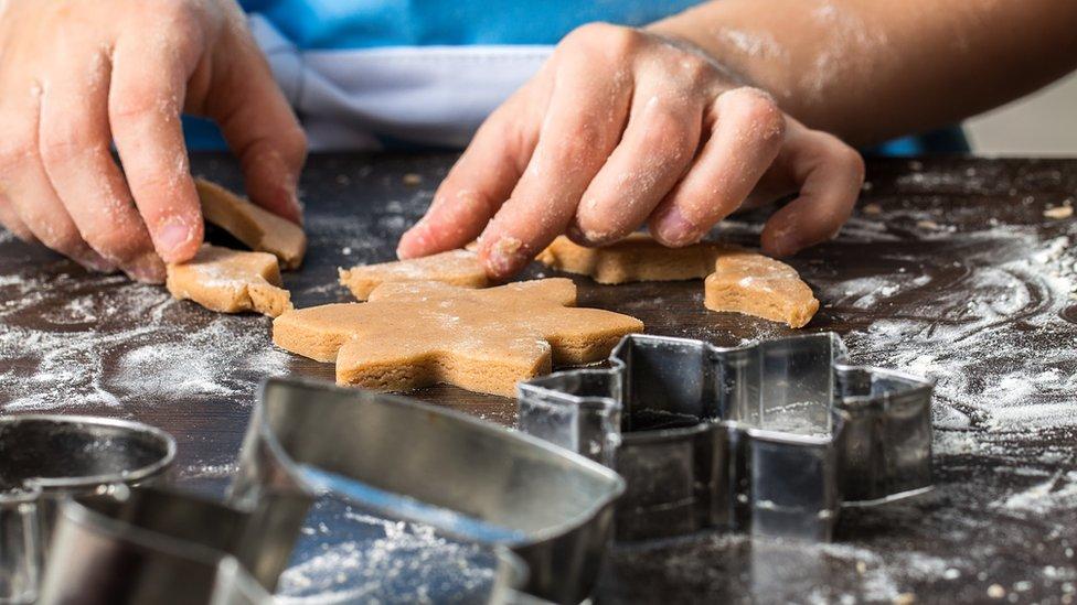 Cookie cutting