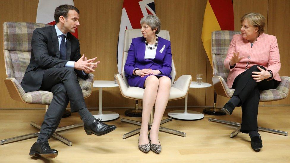 بريطانيا وفرنسا وألمانيا أصدرت بيانا مؤيدا للاتفاق