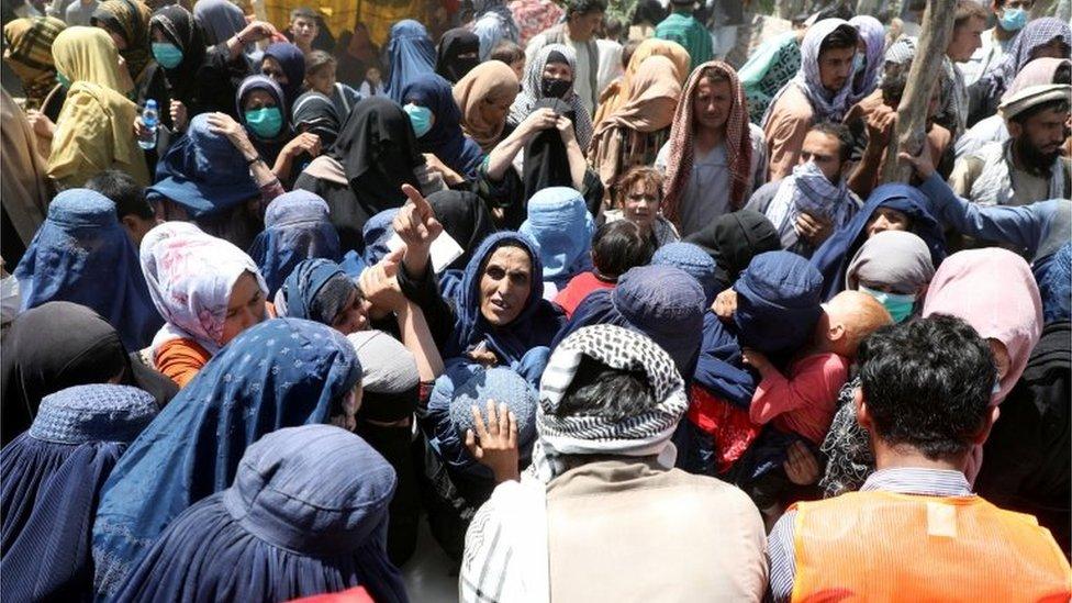 Desplazados talibanes