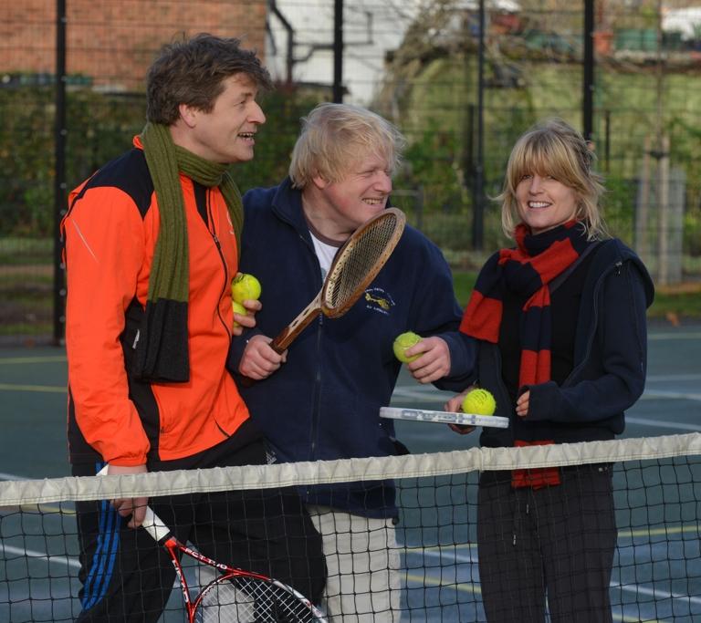 Leo, Boris y Rachel Johnson.