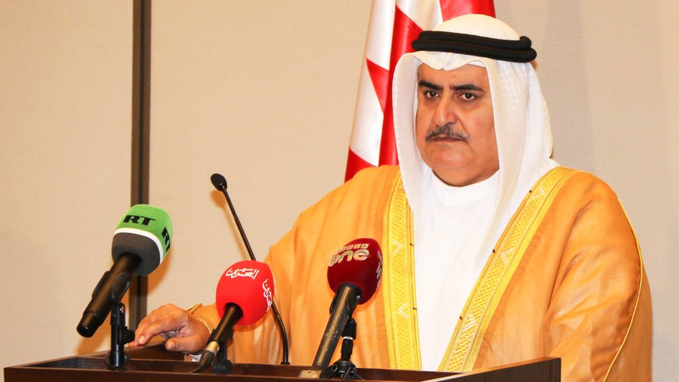 الشيخ خالد بن أحمد الخليفة يقول إن تعامل قطر مع القمة فيه سلبية